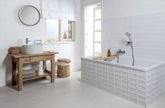 S bílou barvou v koupelně neuděláte chybu
